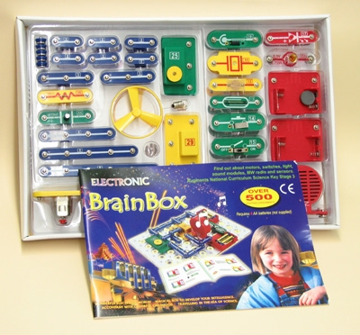 Learning: Science Physics Electricity Circuit Kits - Kt1101-3 - Brain Box Circuit Kit 500 Experiments KT1101-3