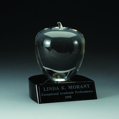 4 X 4-1/2 Inch Crystal Apple With Black Base - Cr219 - Awards Trophy Eagles Without Plates CR219