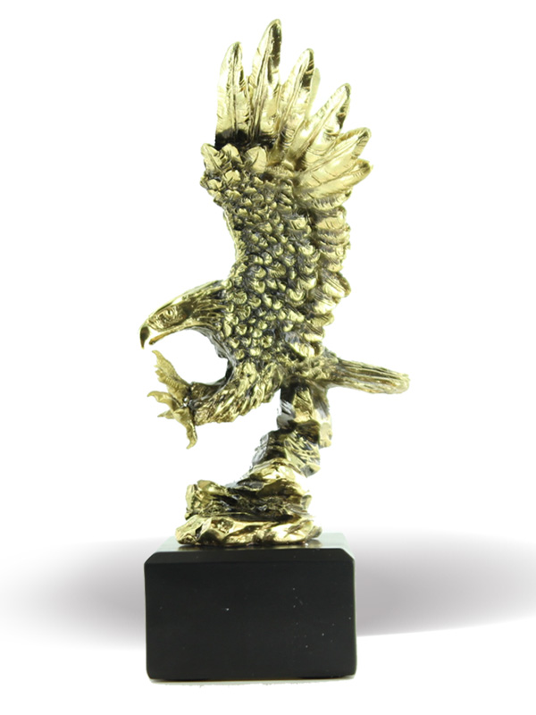 9-3/4 Inch Electroplated Antique Brass Attacking Eagle Trophy - Tr7492 - Trophies And Awards Resin And Cast Stone Trophis TR7492